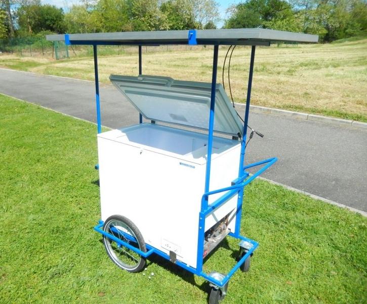 FrigoMobile FREECOLD, mobile refrigerator / freezer designed  for street vending